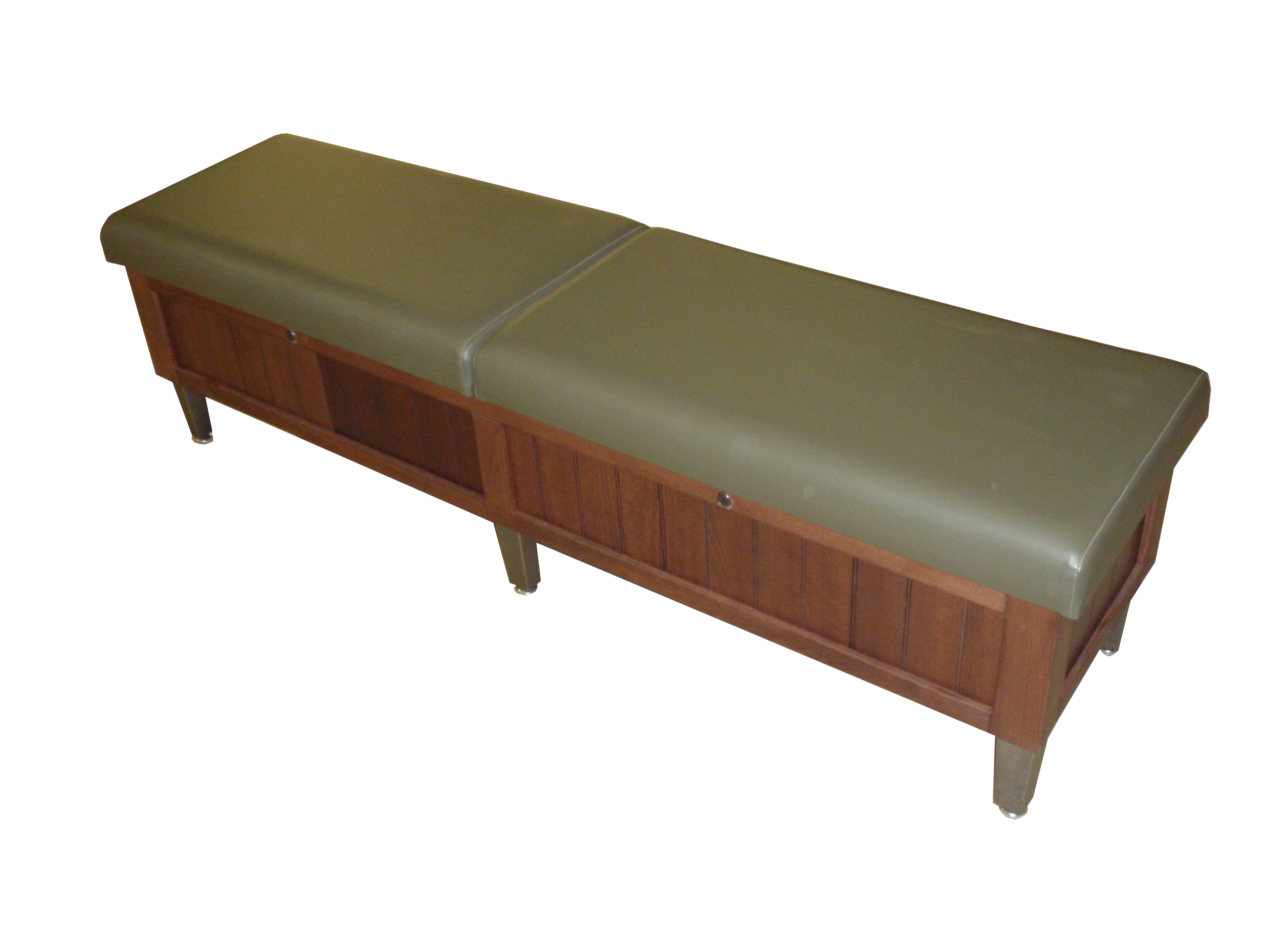 waiting bench with storage